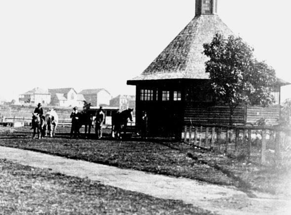 1927_Roundhouse_cu